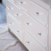 CRAFT-3OVER4-DRAWER-DRESSER-WHITE-CLEAR-CRYSTAL-KNOBS-CLOSEUP
