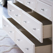 CRAFT-3OVER4-DRAWER-DRESSER-WHITE-QUALITY-OPEN-DRAWERS-CLEAR-CRYSTAL-KNOBS