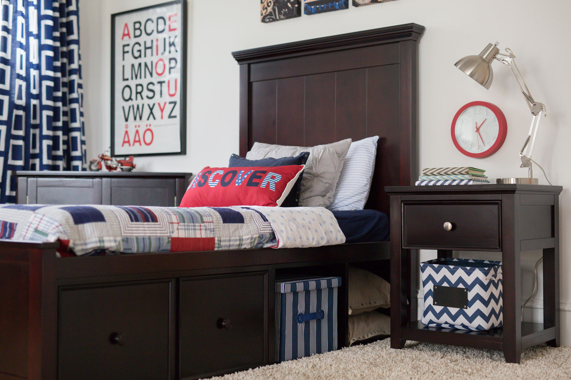 High Quality Hardwood Bedroom Furniture for Teens & Youth