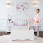 CRAFT-CHARLESTON-WHTIE-NIGHSTANDS-BALLERINA-STANDING